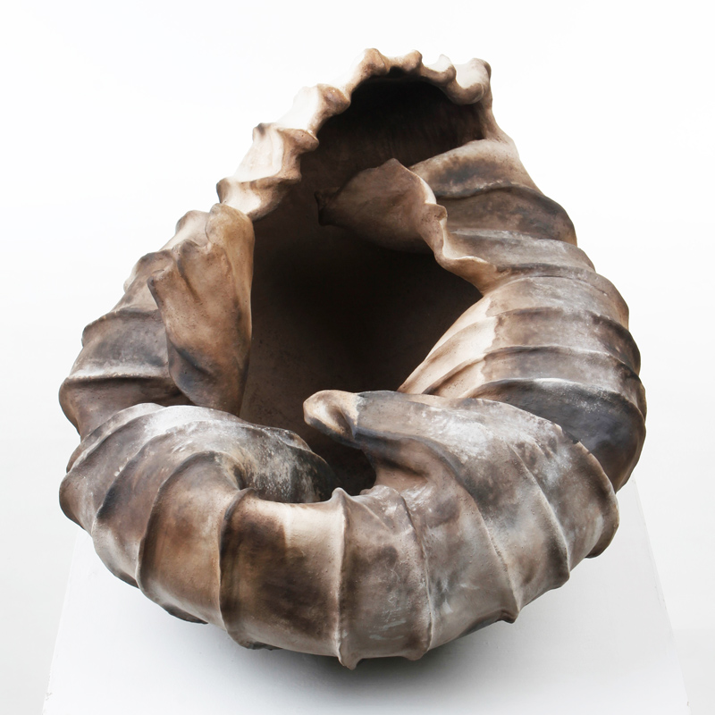 sue-caddy-smoke-fired-vessel-ceramic