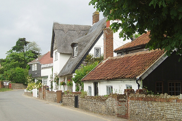 thatched-cottages-walberswick-suffolk