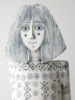 cathy-darcy-head-2018-stoneware-ceramic