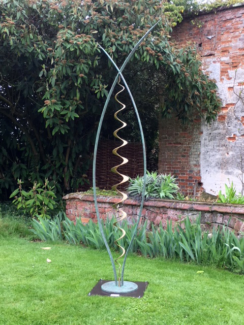lucy-lutyens-sculpture-metamorphosis